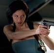 sienna guillory arm