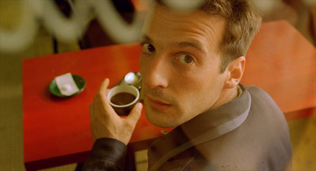 mathieu kassovitz au cafe