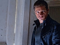 The Bourne Legacy : première photo de Jeremy Renner