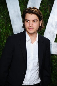 Emile Hirsch, navy seal pour Peter Berg ?!