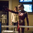 the-flash-season-2-photos-71-1-jpg